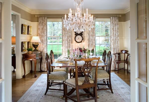 Beautiful-Traditional-Crystal-Dining-Room-Chandeliers
